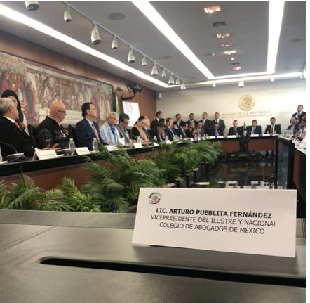 Nuestro Vicepresidente acudió en representación del Ilustre y Nacional Colegio de Abogados de México al Senado de la República, a la presentación de iniciativas para reformar el sistema de procuración de Justicia, preparadas por el ejecutivo federal.